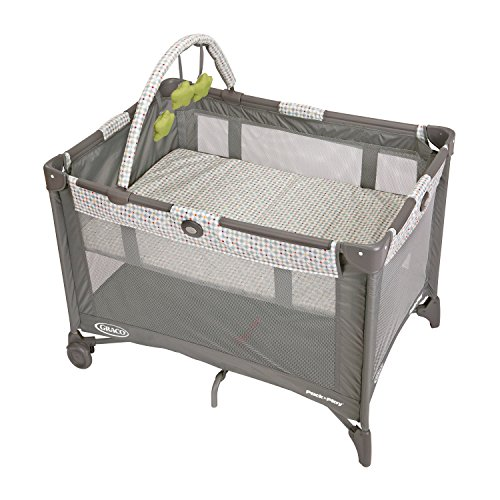 Graco Pack 'n Play On the Go Playard   Includes Full-Size Infant Bassinet, Push Button Compact Fold, Pasadena